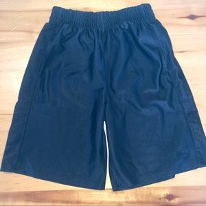 Boys Size 10/12 Large Black Athletic Shorts